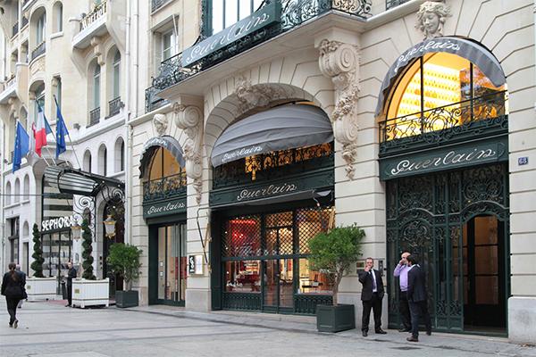 Modehuse i Paris